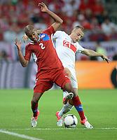 FUSSBALL  EUROPAMEISTERSCHAFT 2012   VORRUNDE Tschechien - Polen               16.06.2012 Theodor Gerbe Selassie (li, Tschechische Republik) gegen Kamil Grosicki (re, Polen)