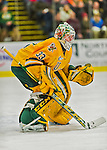 19 February 2016: University of Vermont Catamount Goaltender Packy Munson, a Freshman from Hugo, MN, in first period action against the Boston College Eagles at Gutterson Fieldhouse in Burlington, Vermont. The Eagles defeated the Catamounts 3-1 in the first game of their weekend series. Mandatory Credit: Ed Wolfstein Photo *** RAW (NEF) Image File Available ***
