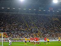 Fussball, 2. Bundesliga, Saison 2011/12, SG Dynamo Dresden - Eintracht Frankfurt, Montag (26.09.11), gluecksgas Stadion, Dresden. Dresdens Cristian Fiel (re.) erziehlt das Tor zum 1:0.