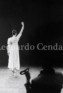 Carla Fracci in Giselle e Beppe Menegatti, Teatro Nuov di Milano 1994- © Leonardo Cendamo