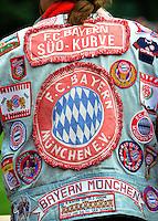 Fussball 1. Bundesliga:  Saison   2011/2012    Testspiel FC Bayern Muenchen  - Traumspiel 23.07.2011 FC Bayern Muenchen Fan mit Kutte