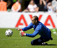 USA goalkeeper Tim Howard stops a shot during training in Hamburg, Germany, for the 2006 World Cup, June, 6, 2006.