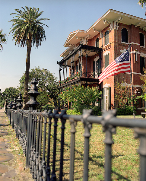 GALVESTON, AMERICA : An exterior view of the Ashton Villa. The Ashton Villa was built in 1859 by James Moreau Brown, a wholesale hardware merchant, railroad corporation president and banker. Brown was one of the richest men in Texas, and Ashton Villa was one of the grandest homes in the state at the time it was completed. Filled with antiques, family heirlooms and original art, Ashton Villa today provides an intimate glimpse into the life of a prominent Victorian family. The Ashton Villa is listed on the National Register of Historic Places and is a Recorded Texas, Galveston, Texas. America.