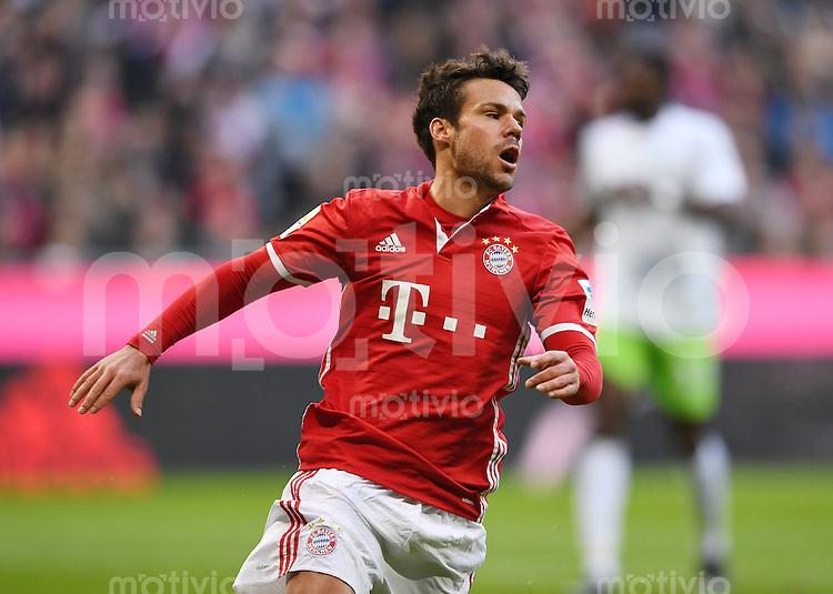 Fussball  1. Bundesliga  Saison 2016/2017  14. Spieltag  FC Bayern Muenchen - VfL Wolfsburg    10.12.2016 Juan Bernat (FC Bayern Muenchen)