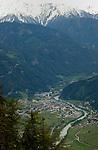 River Inn flowing through the alpine valley. Nesslegarten, Imst district, Tyrol, Tirol, Austria.