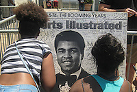 LOUISVILLE, KY - JUNE 10: A memorial for Muhammad Ali it's seen outside the Muhammad Ali Center on June 8, 2016 in Louisville, Kentucky (Photo by VIEWpress/Teddy Blackburn)
