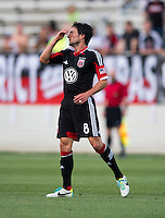 John Thorrington (8) of D.C. United reacts to a missed shot during the quarterfinals of the US Open Cup at the Maryland SoccerPlex in Boyds, Md.  D.C. United defeated the New England Revolution, 3-1.