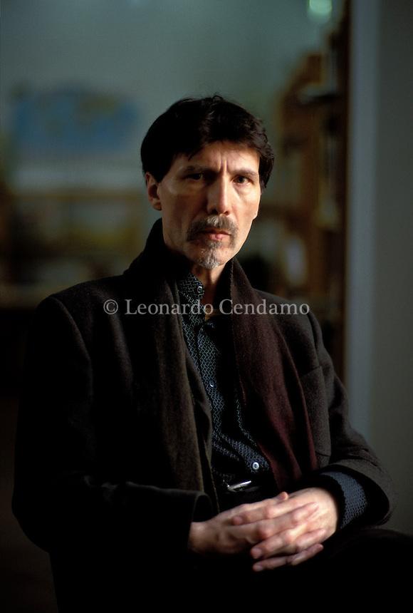 2002: FRANCESCO PERMUNIAN ( WRITER IT.)  © Leonardo Cendamo