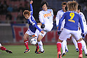 Shingo Hyodo (F Marinos), Kazuya Yamamura (Antlers), MARCH 31, 2012 - Football / Soccer : 2012 J.LEAGUE Division 1 between Yokohama F Marinos 0-0 Kashima Antlers at NISSAN Stadium, Kanagawa, Japan. This game was celebrated as a 20th Anniversary Match involving two of the original teams that featured when the J.League launched. Traditionally one of the favourites, Kashima have not scored yet in their first 4 games of the season. (Photo by Atsushi Tomura /AFLO SPORT) [1035]
