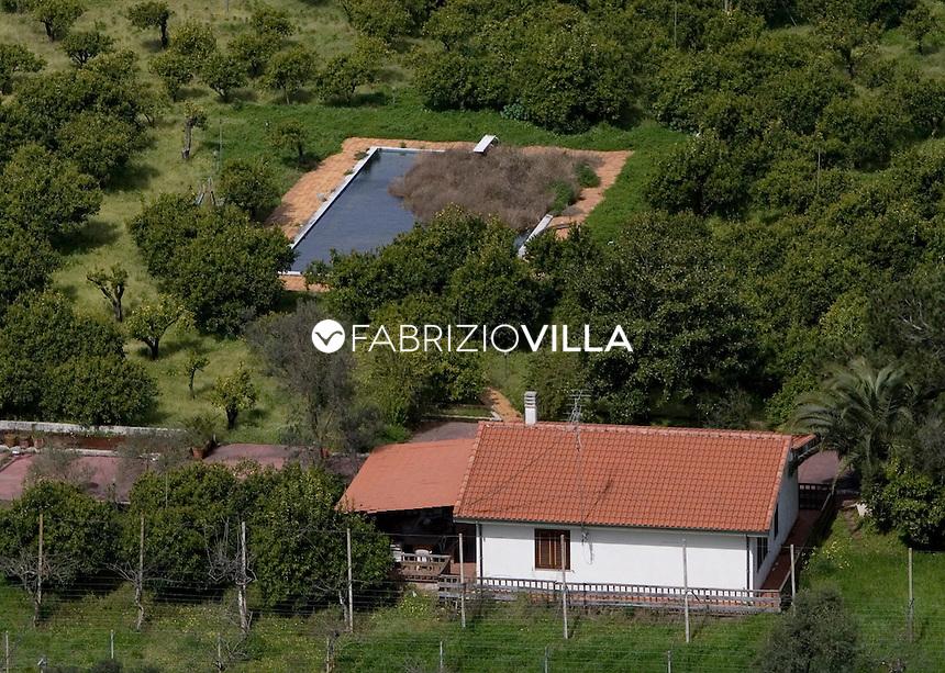 Gioia Tauro, a nord di Reggio Calabria, è il più grande terminal per ...