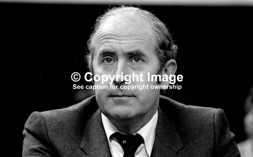 Dick Burke, candidate, Dublin West, Fine Gael, political party, Rep of Ireland, on platform at his party's annual conference, aka Ard Fheis. Burke was previously a European Commissioner. In the June 1981 he was elected a TD. 198103000059DB3..Copyright Image from Victor Patterson, 54 Dorchester Park, Belfast, United Kingdom, UK...For my Terms and Conditions of Use go to http://www.victorpatterson.com/Victor_Patterson/Terms_%26_Conditions.html