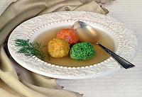 Tri Color Matza Ball in clear Brot