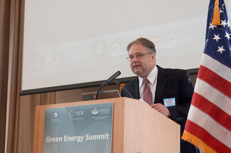Dr. James Rankin, Ohio University VP of Research, welcomes attendees to the Green Energy Summit.