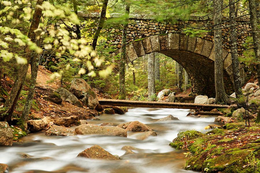 Carriage road and foot bridge over Jordan Stream, Mount Desert Island, Hancock County, Acadia National Park, Maine, USA