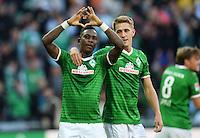 FUSSBALL   1. BUNDESLIGA   SAISON 2013/2014   7. SPIELTAG SV Werder Bremen - 1. FC Nuernberg                    29.09.2013 Eljero Elia (li) und Nils Petersen (re, beide SV Werder Bremen) jubeln nach dem Tor zum 3:2