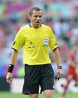 FUSSBALL  EUROPAMEISTERSCHAFT 2012   VORRUNDE Griechenland - Tschechien         12.06.2012 Schiedsrichter Fernando Santos