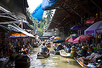Damnern Saduak floating market, Bangkok, Thailand