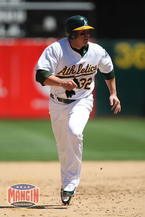 OAKLAND, CA - August 16:  Jack Cust of the Oakland Athletics runs the bases during the game against the Chicago White Sox at the McAfee Coliseum in Oakland, California on August 16, 2007.  The Athletics defeated the White Sox 8-5.  Photo by Brad Mangin