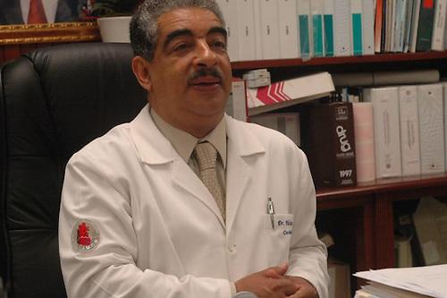 Dr. Nelson Báez Noyer, cuando dirgía el Hospital Cabral y Báez