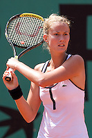 Mathilde Johansson (FRA ) against Vitalia Diatchenko (RUS) in the first round of  the Women's Singles. Diatchenko beat Johansson 2-6 6-2 10-8..Tennis - French Open - Day 1 - Sun 24th May 2009 - Roland Garros - Paris - France.Frey Images, Barry House, 20-22 Worple Road, London, SW19 4DH.Tel - +44 20 8947 0100.Cell - +44 7843 383 012