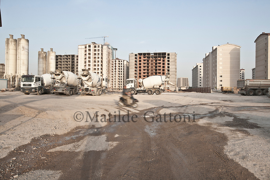 Iraq - Kurdistan - Erbil -  A construction site in town. Erbil is one of the fastest growing city in the world.