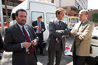 Roma 19 Aprile 2006<br /> Sgombero  11&deg; ponte al quartiere Laurentino 38.<br /> Nella foto: Luca Petrucci, Presidente Ater, Bruno Astorre , Assessore ai Lavori pubblici e politica della casa della Regione Lazio,  Luca Odevaine vice capo di gabinetto del sindaco di Roma Walter Veltroni.<br /> Rome April 19, 2006<br /> Eviction  11 &deg; to the bridge district Laurentino 38.<br /> Pictured: Luca Petrucci, President Ater, Bruno Astorre, Councillor for Public Works and housing policy of the Lazio Region, Luca Odevaine vice chief of staff of the Mayor of Rome Walter Veltroni.