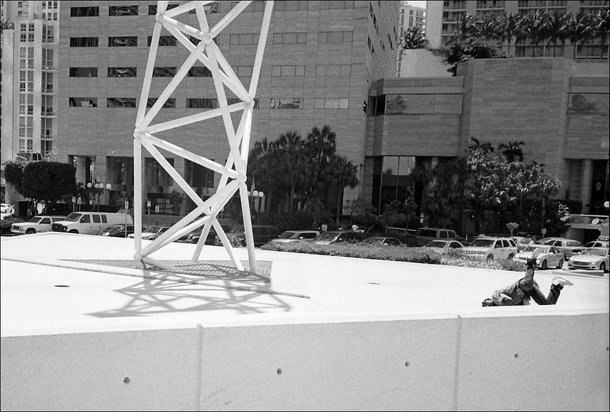 Icarus<br /> From &quot;The other Wind&quot; series<br /> Downtown Miami, April 2011