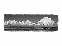 Grand Tetons, WY - Viewpoint - Panoramic - Black & White - Custom Border