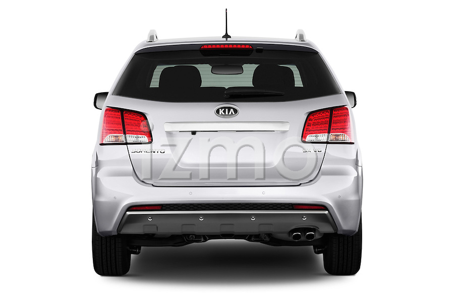 Straight rear view of a 2013 KIA Sorento SX