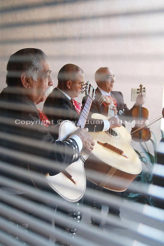 mexican folk songs golden arkansas