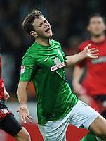 FUSSBALL   1. BUNDESLIGA    SAISON 2012/2013    14. Spieltag   SV Werder Bremen - Bayer 04 Leverkusen                28.11.2012 Niclas Fuellkrug (SV Werder Bremen) enttaeuscht