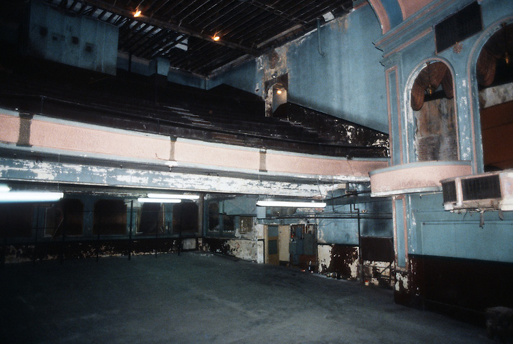 1993 February ..Rehabilitation..Attucks Theatre.Church Street..THEATRE FROM STAGE.LOOKING AT RIGHTSIDE OF ORCHESTRA, BALCONY, & BOXES.INTERIOR...NEG#.NRHA#..