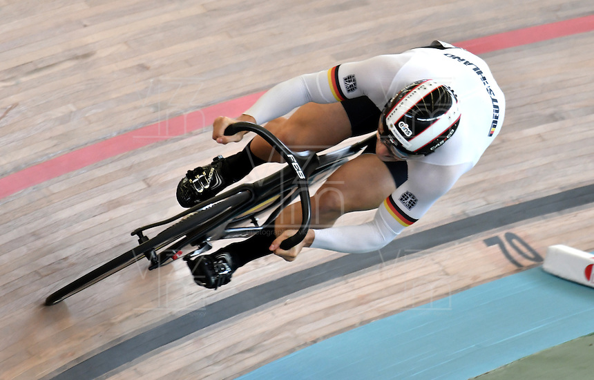 CALI – COLOMBIA – 19-02-2017: Max Niederlag de Alemania en la prueba de 200 metros Velocidad hombres en el Velodromo Alcides Nieto Patiño, sede de la III Valida de la Copa Mundo UCI de Pista de Cali 2017. / Max Niederlag from Germany in the 200 meters Men´s Sprint Race at the Alcides Nieto Patiño Velodrome, home of the III Valid of the World Cup UCI de Cali Track 2017. Photo: VizzorImage / Luis Ramirez / Staff.