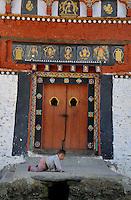 A bhutanese child at Jakar in Bumthang. Arindam Mukherjee.