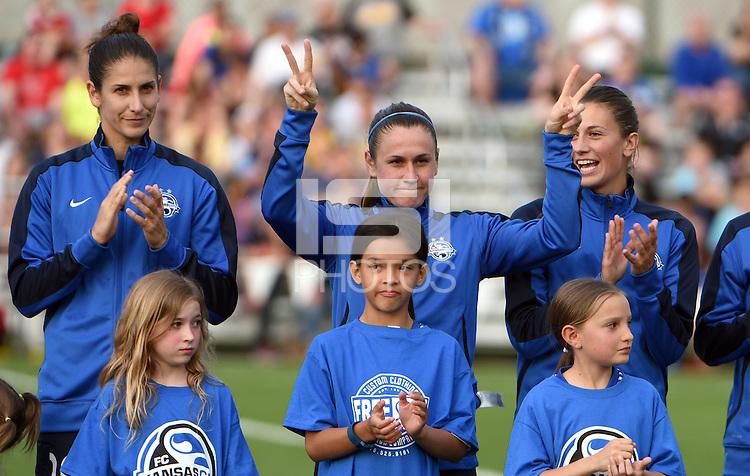 Kansas City, MO - Saturday May 07, 2016: FC Kansas City midfielder Heather O'Reilly (9) before a regular season National Women's Soccer League (NWSL) match at Swope Soccer Village. Houston won 2-1.