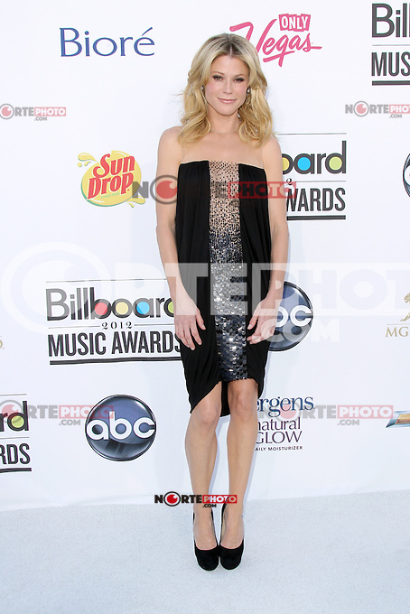 Julie Bowen at the 2012 Billboard Music Awards held at the MGM Grand Garden Arena on May 20, 2012 in Las Vegas, Nevada. ©mpi28/MediaPUnch Inc.
