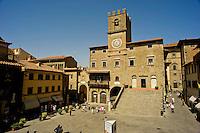 Palazzo Communale e Piazza della Repubblica in Cortona<br /> Town Hall on the Piazza della Repubblica in Cortona