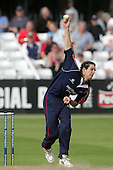 Chris Wright of Middlesex in bowling action - Essex Eagles vs Middlesex Crusaders - Friends Provident Trophy at Ford County Ground, Chelmsford - 20/05/07 - MANDATORY CREDIT:  Gavin Ellis / TGSPHOTO - IMAGES USED WILL BE INVOICED AT STANDARD RATES