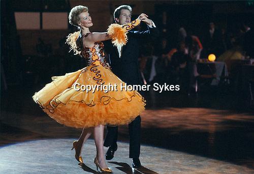 0 uk open 2016 - professional ballroom final - tango