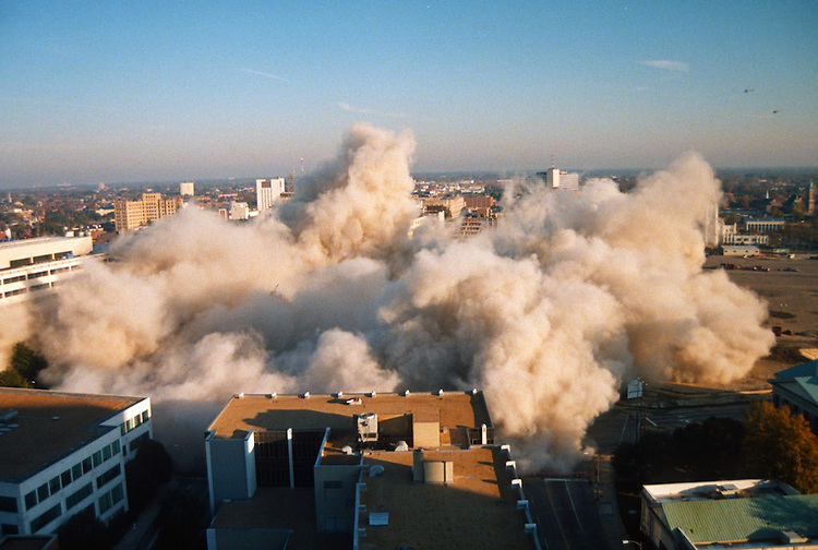 1996 November 24..Redevelopment..Macarthur Center.Downtown North (R-8)..SEQUENCE 16.IMPLOSION OF SMA TOWERS.LOOKING NORTH FROM ROOFTOP .OF MAIN TOWER EAST.PV3..NEG#.NRHA#..