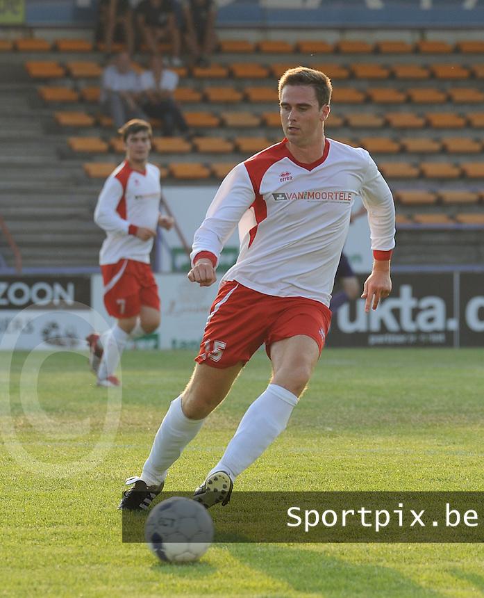 SV Oostkamp :<br /> Arne Buysse<br /> foto VDB / BART VANDENBROUCKE