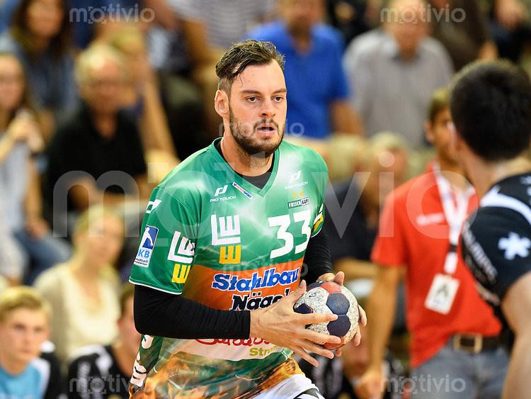 Jens Schöngarth (FAG) am Ball