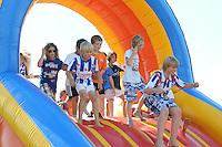 VOETBAL: HEERENVEEN: Abe Lenstra Stadion, 07-07-2012, Open Dag, Jeugd vermaakt zich tijdens de Open Dag van SC Heerenveen, ©foto Martin de Jong