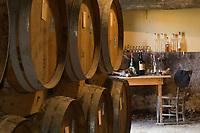 Europe/France/Aquitaine/40/Landes/Mauvezin-d'Armagnac: Domaine de l'Espérance Jean-Louis et Claire de Montesquiou  produisent un armagnac et aussi du vin de gascogne.Le bureau du distillateur