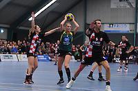 KORFBAL: GORREDIJK: Sport- en Ontspanningscentrum Kortezwaag, 16-12-2012, LDODK - Fortuna, Wereldtickets Korfbal League, Eindstand 24-29, Kallista de Graaf (#2 | Fortuna), Sieta Bijker (#2 | LDODK), Robbert van Buuren (#5 | Fortuna), ©foto Martin de Jong