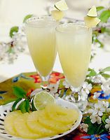Pinapple Lemonade in tall shake glasse