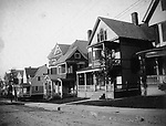 A view of the residential area along Waterbury's Chestnut Avenue in the early 1900s.