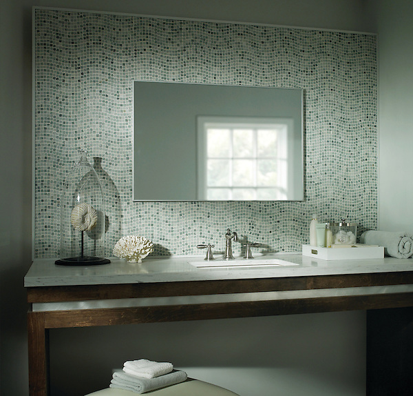 Custom mosaic backsplash River Run 1.5 cm in Kay's Green marble