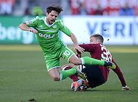 FUSSBALL   1. BUNDESLIGA  SAISON 2012/2013   10. Spieltag 1. FC Nuernberg - VfL Wolfsburg      03.11.2012 Diego (li, VfL Wolfsburg) gegen Alexander Esswein (1 FC Nuernberg)