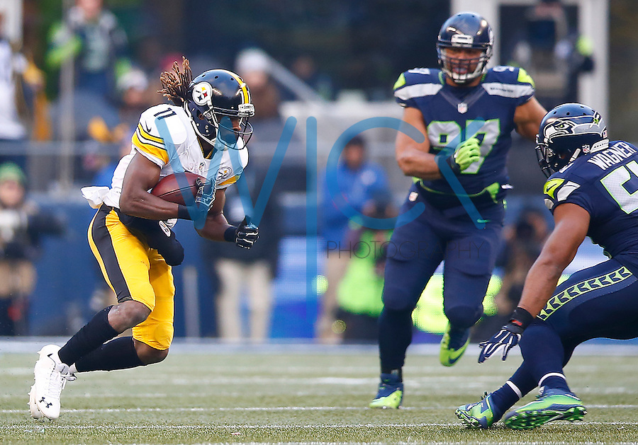 Markus Wheaton #11 of the Pittsburgh Steelers in action against the Seattle Seahawks during the game at CenturyLink Field on November 29, 2015 in Seattle, Washington. (Photo by Jared Wickerham/DKPittsburghSports)